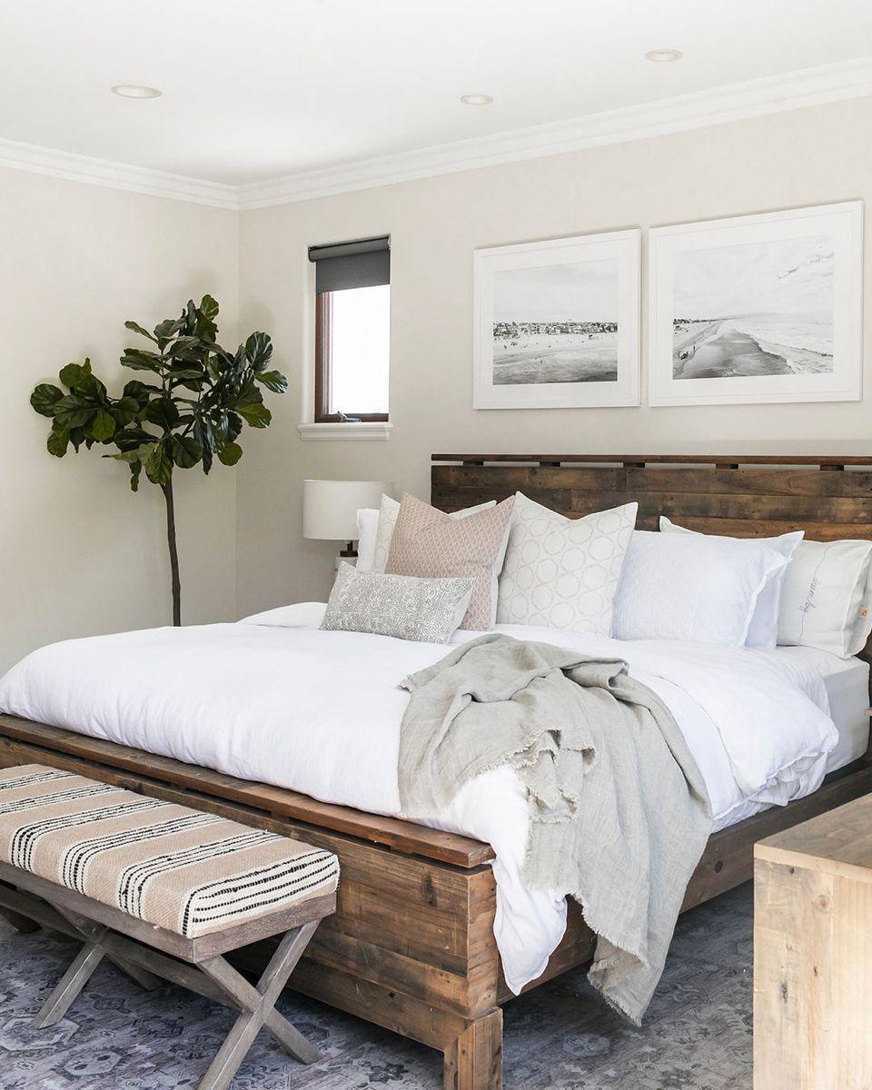 California Casual Master Bedroom Elsie Home In 2020 Bedroom Design Trends Modern Bedroom Design Master Bedrooms Decor