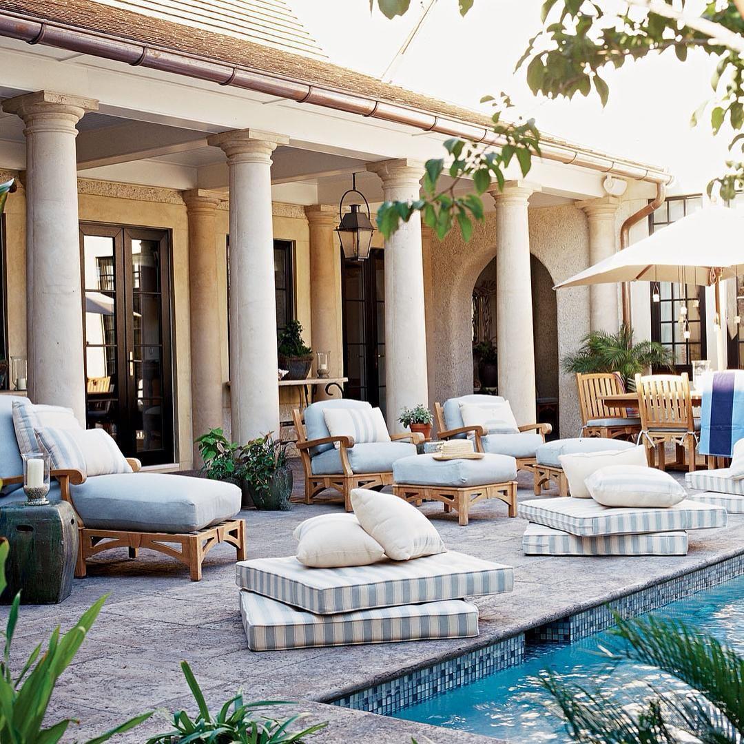 Coastal Pool House: Beautiful Outdoor Areas