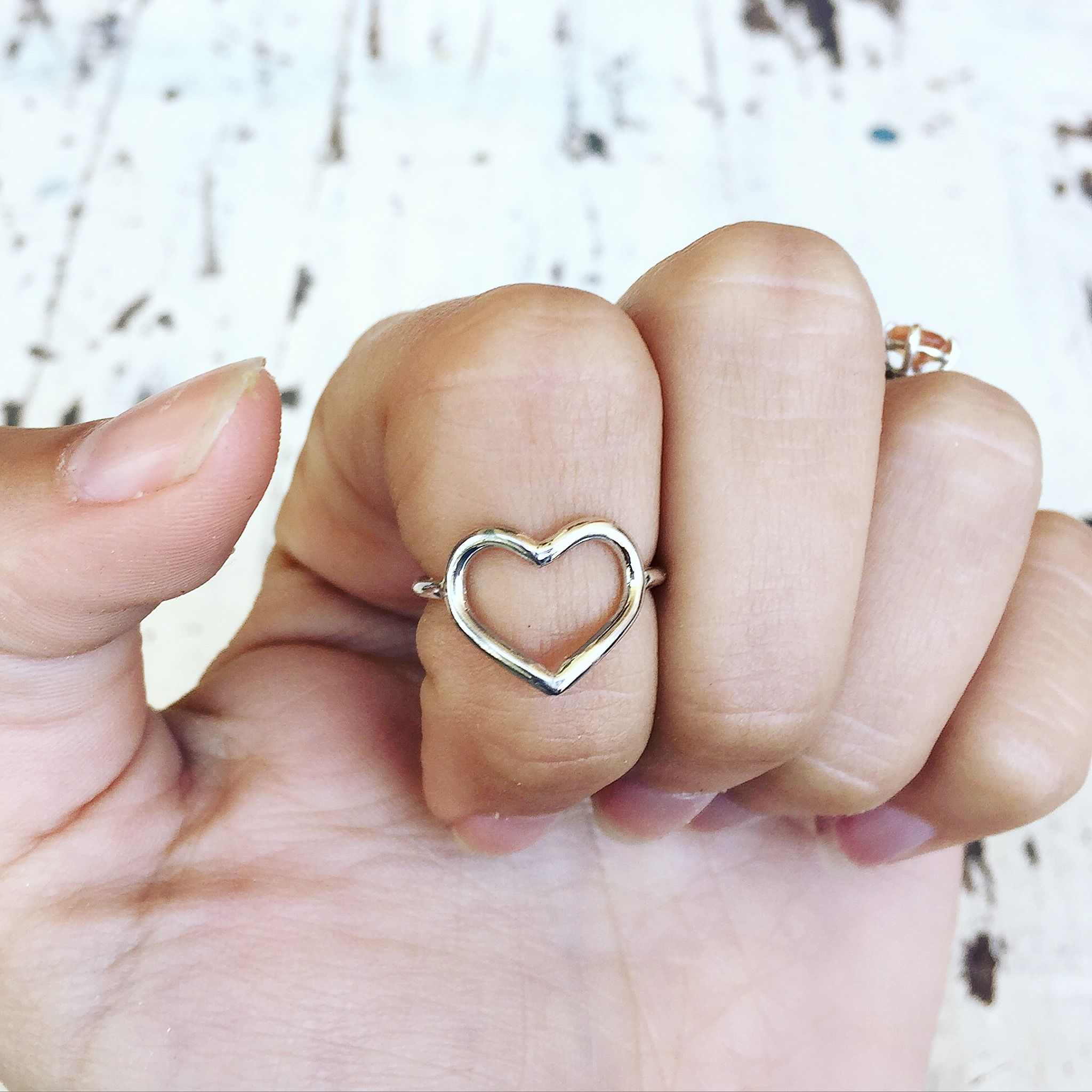 anello cuore vuoto pandora