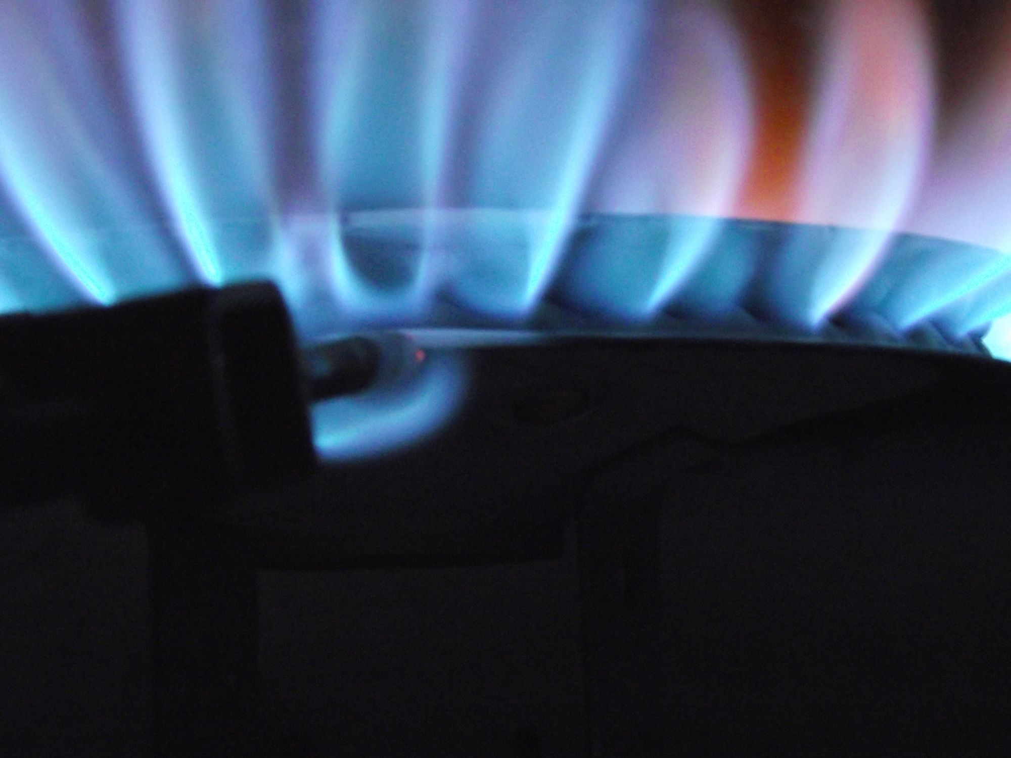 A Natural Gas Garage Heater Provides Uniform Comfort