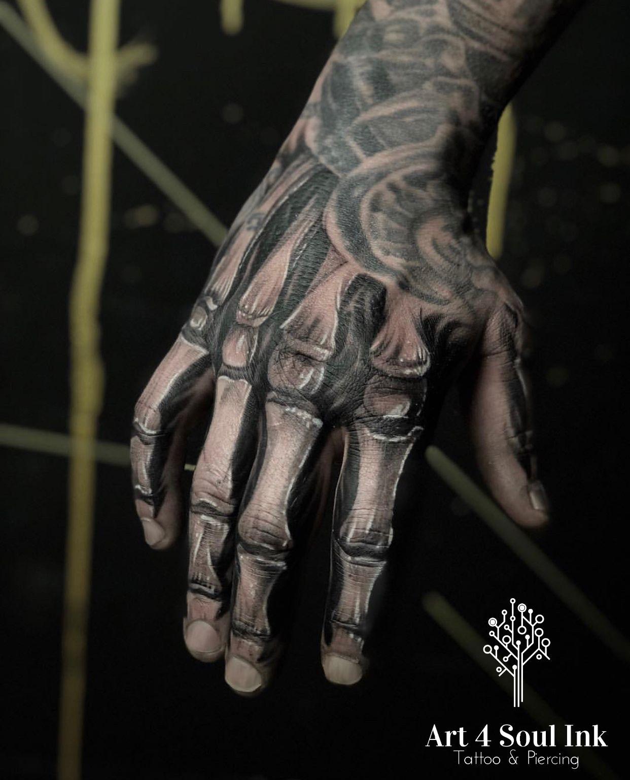 Tattoo Tattoo Ideen Tattoo Handrucken Hand Tattoo 11