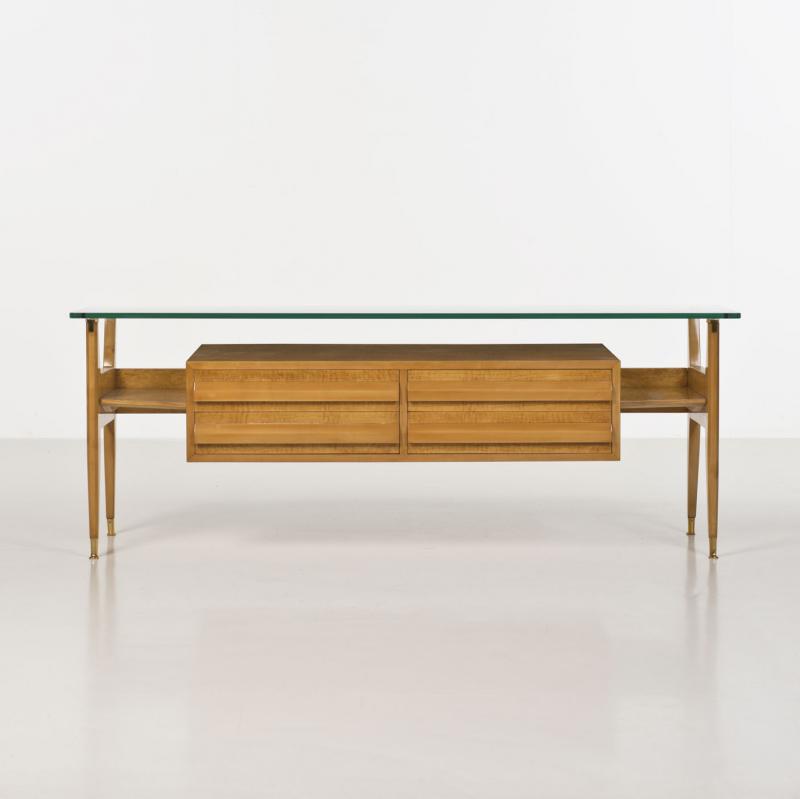 Osvaldo Borsani Wood Glass And Brass Console 1950s Mobilier De Salon Meuble Contemporain Mobilier Design