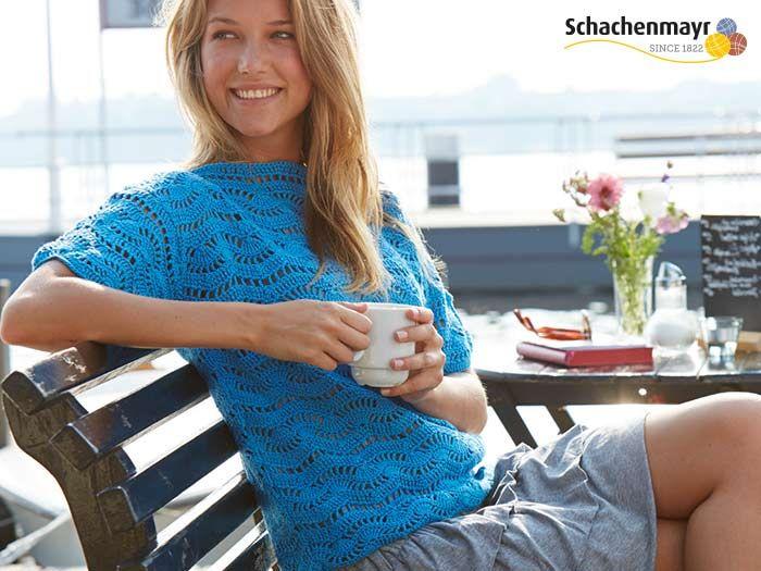Schachenmayr zeigt Dir eine tolle Schritt-für-Schritt Anleitung für einen sommerlichen Häkelpulli. Perfekt zum Überziehen nach dem Sonnenbaden und ein absoluter Hingucker.