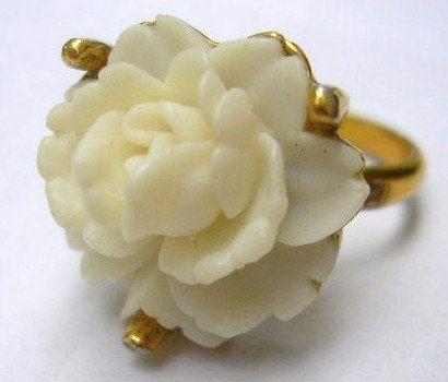 Circa 1950s White Rose Gold Tone DINNER RING. e-1042. $5.95, via Etsy.