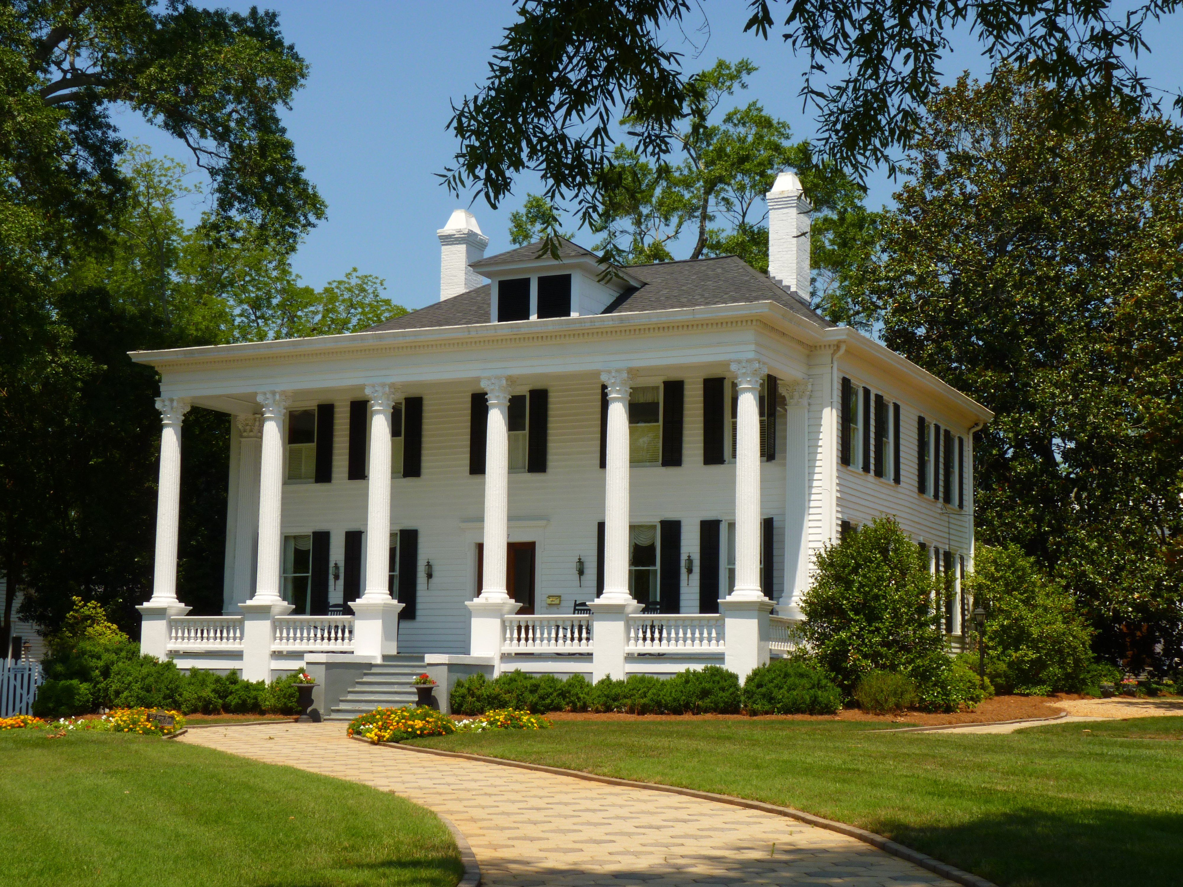 Madison georgia antebellum home beautiful south for Antebellum plantations for sale