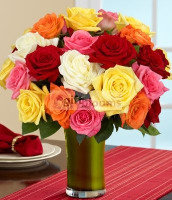 24 mix roses vase for delivery as ramadan gift to qatar