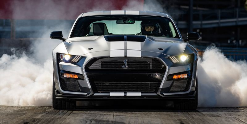 The 2020 Ford Mustang Shelby Gt500 Makes 760 Horsepower Feel