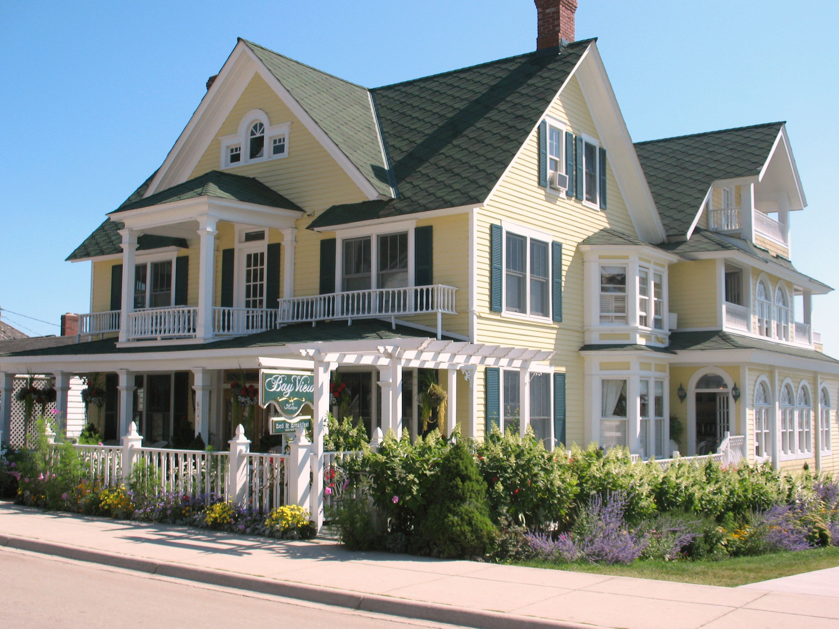 The Bayview of Mackinac....our favorite place to stay on