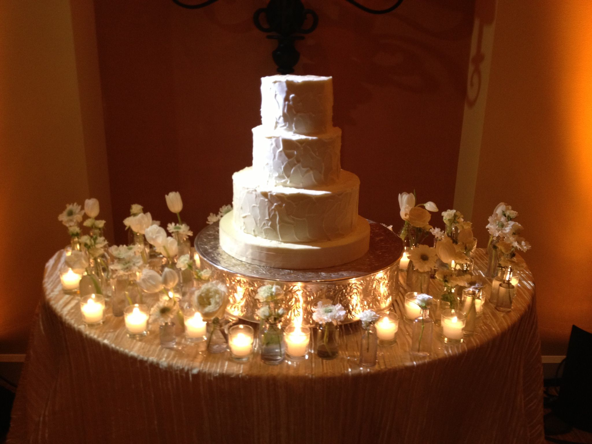 Wedding Cake Table Decorations Flowers : Cake table decor bud vases and votives flower box