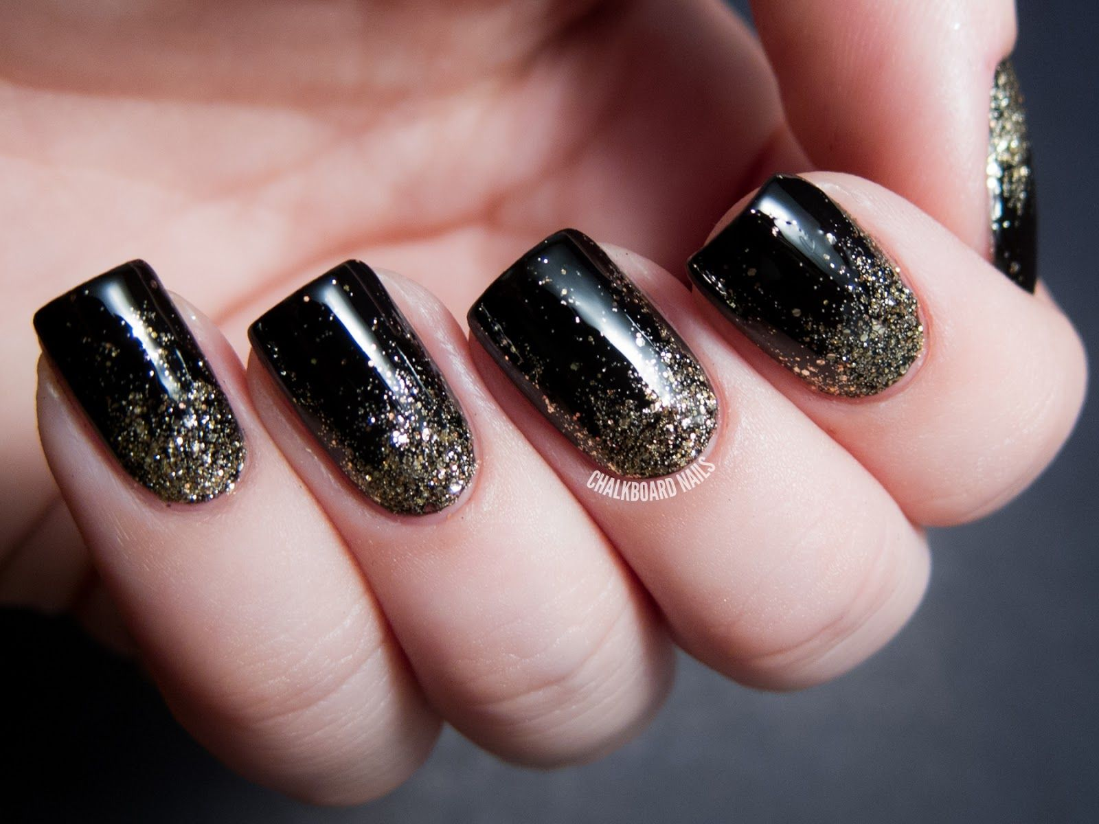 Party Perfect: Black and Gold Nail Art Ideas \