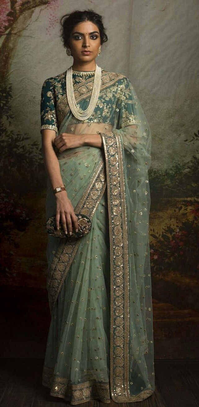 stonework from this sari on the end of my length | vêtements indien ...