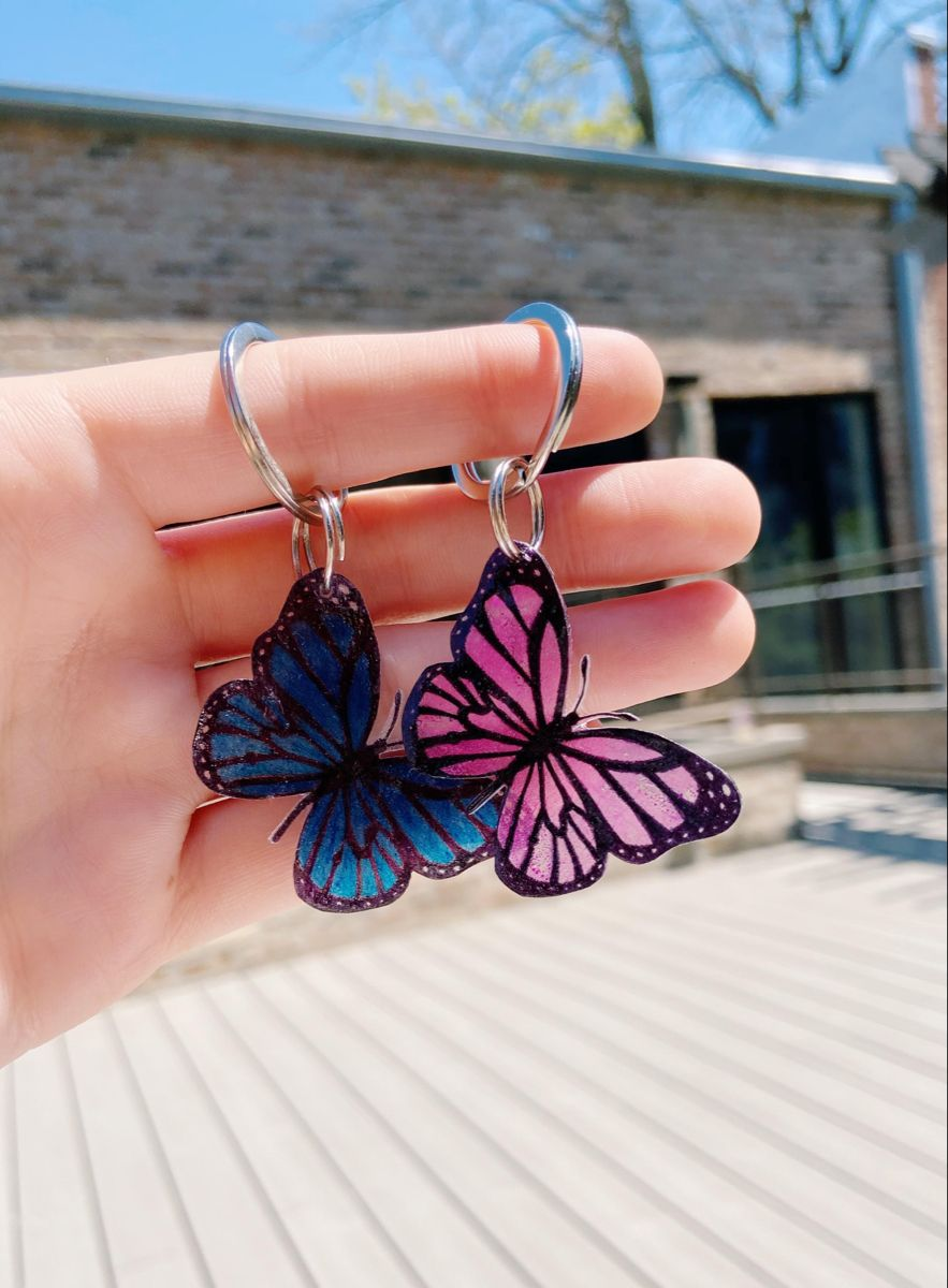 Details about  /Acrylic Pretty Morpho Butterfly Keychain Rings For Women Insect Pendant Jewelry