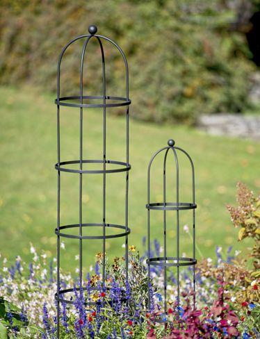 Garden obelisk essex round trellis free standing for Free standing garden trellis designs