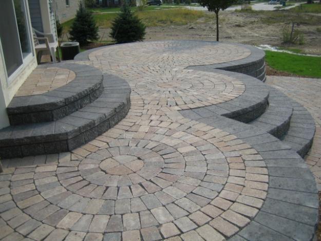 Patio design ideas with pavers paver patio garden for Pinterest patio pavers