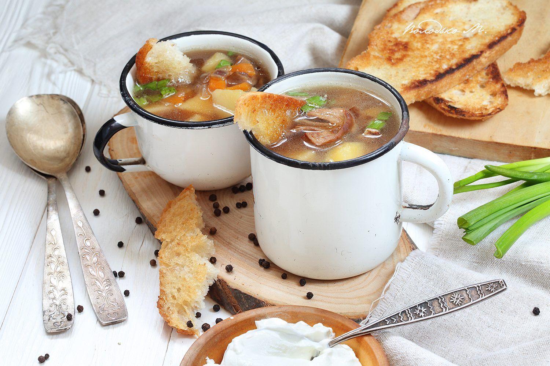 #Суп с белыми #грибами со #сметаной и зеленым #луком   Еда ...