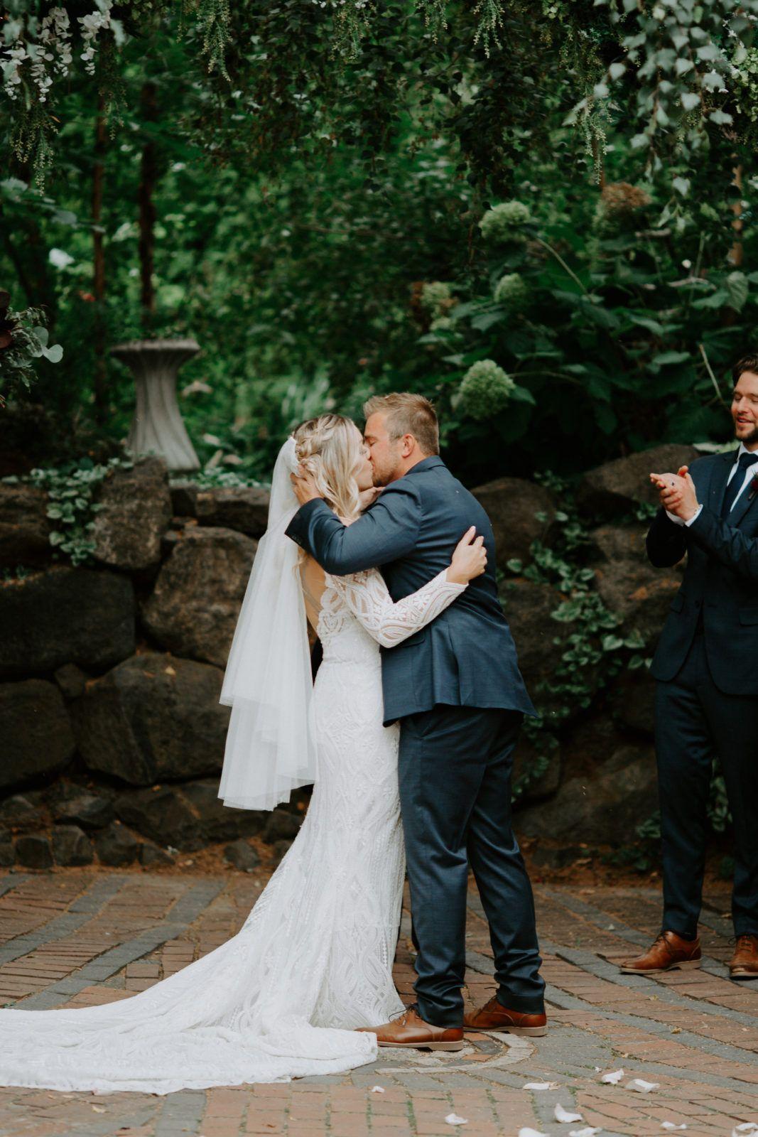 Cascade Gardens Wedding Yakima Washington   Emmily + Jake   Alex ...