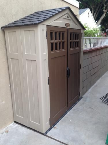 Suncast Everett 2 Ft 9 In X 6 Ft 2 75 In Resin Storage Shed Bms6310 At The Home Depot Mobile Backyard Storage Resin Storage Build Outdoor Kitchen