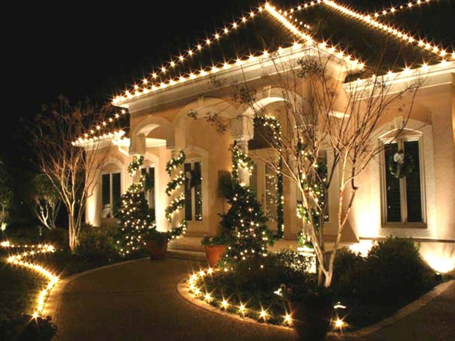 Outside Christmas Decorating Ideas Part - 28: Light Ideas : Awesome Residential Outdoor Christmas Decorations