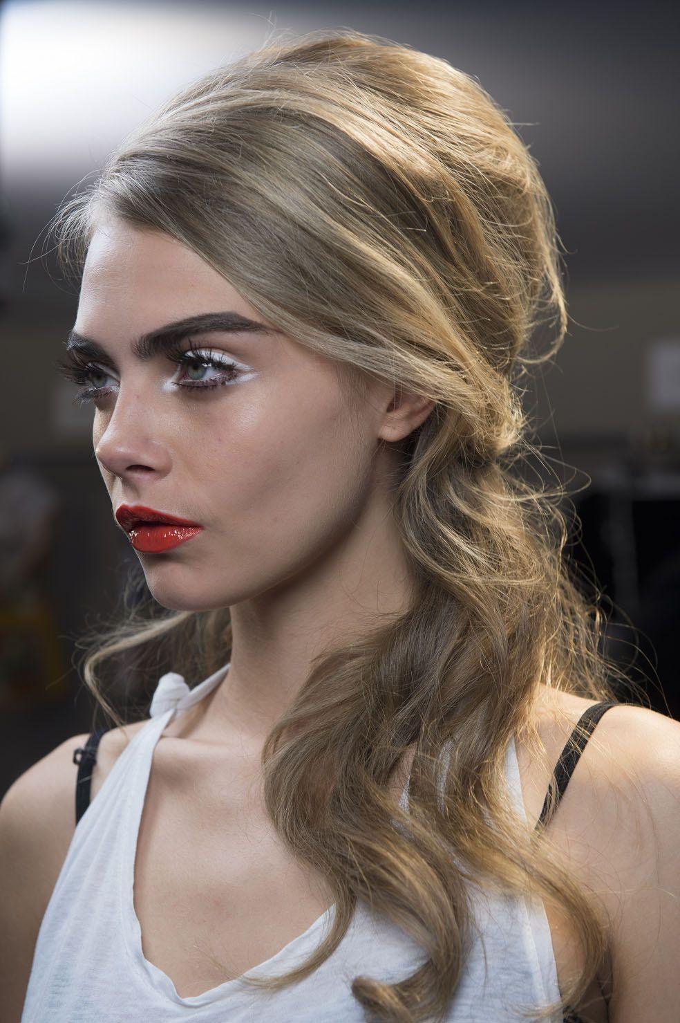 Runway Hair Big us Glamour at MOSCHINO SS StyleZilla