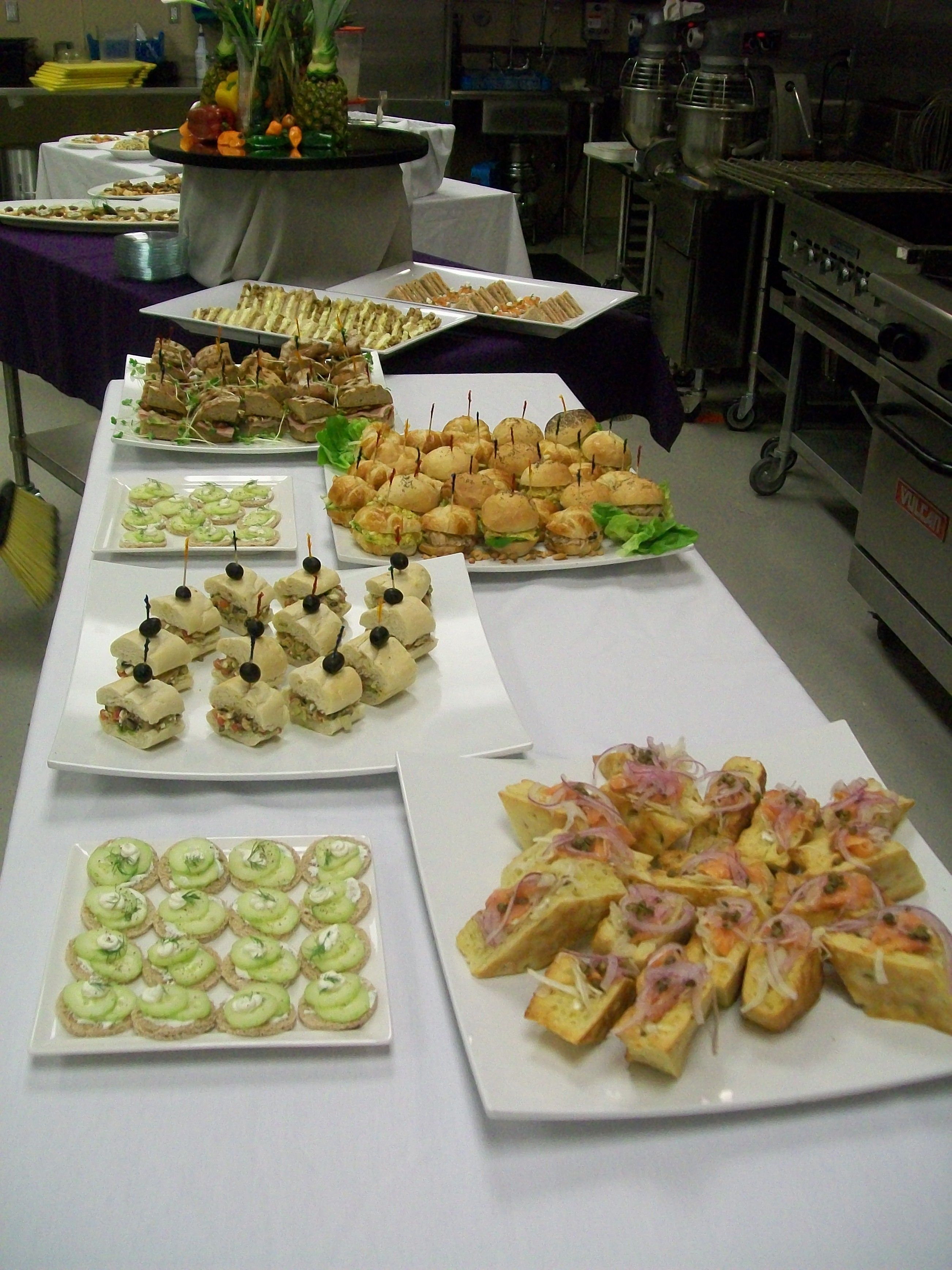 Soup Salad And Sandwich Buffet With Images Sandwich Buffet Yummy Food Culinary Arts