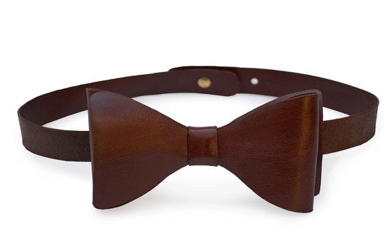 Leather Bow-Tie // Neck-Tie // Dicky-Bow // Mens neck от deBruir
