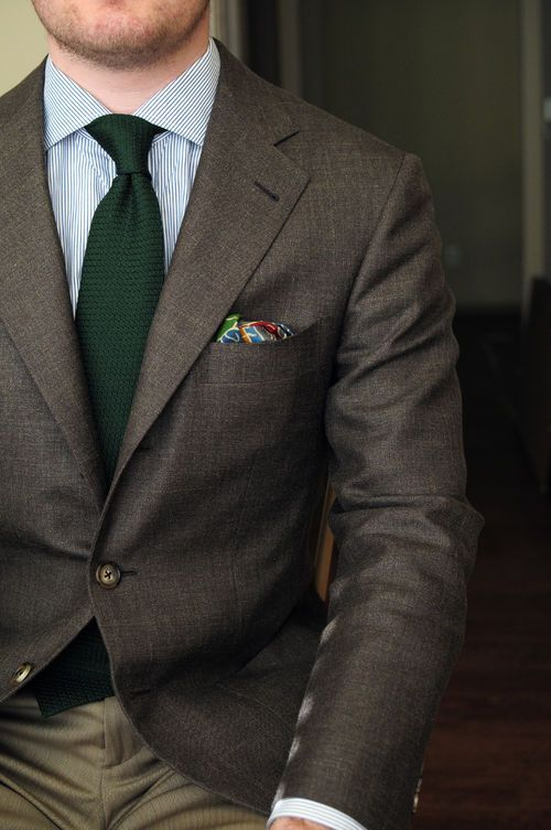 4793a7cc7cc7 Pin by Lookastic on Ties in 2019 | Brown blazer, Vertical striped dress,  Green suit men