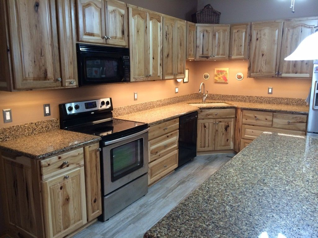 Photo 1 Amish Kitchen Cabinets Kitchen Cabinets Kitchen Design Small