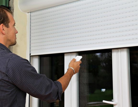 The Basic Types Of Metal Curtains Roller Shutters Electric Rollers Shutters