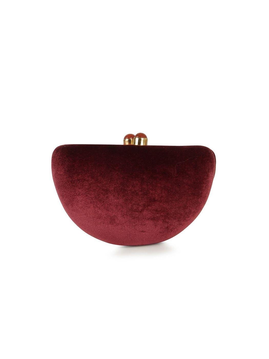 Velvet oval clutch | Hoss Intropia Sweden