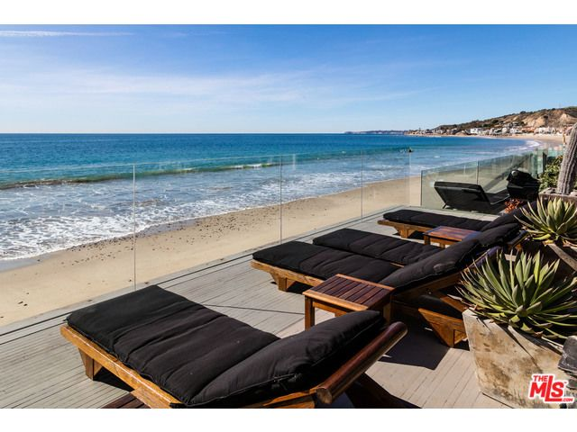Overview On Sought-after Malibu Gated Communities | Luxury beach house,  Gated community, Los angeles real estate