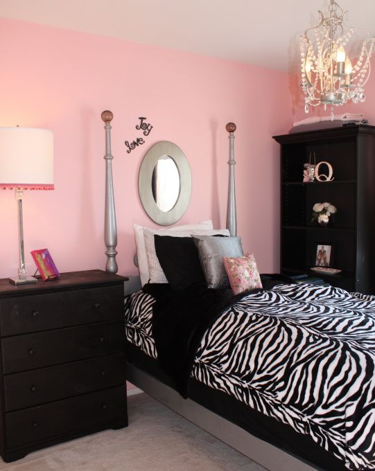 Cool Bedrooms For Teens Girls Black And White Living Rooms Hot Pink Bergere Chairs Black White Zebra Pi Pink Black Girls Room Zebra Bedroom Girls Room Design