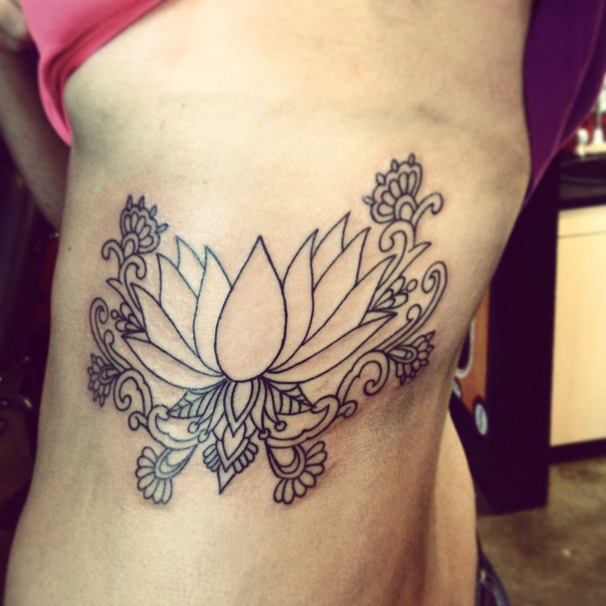 mehndi lotus tattoos. Black Bedroom Furniture Sets. Home Design Ideas