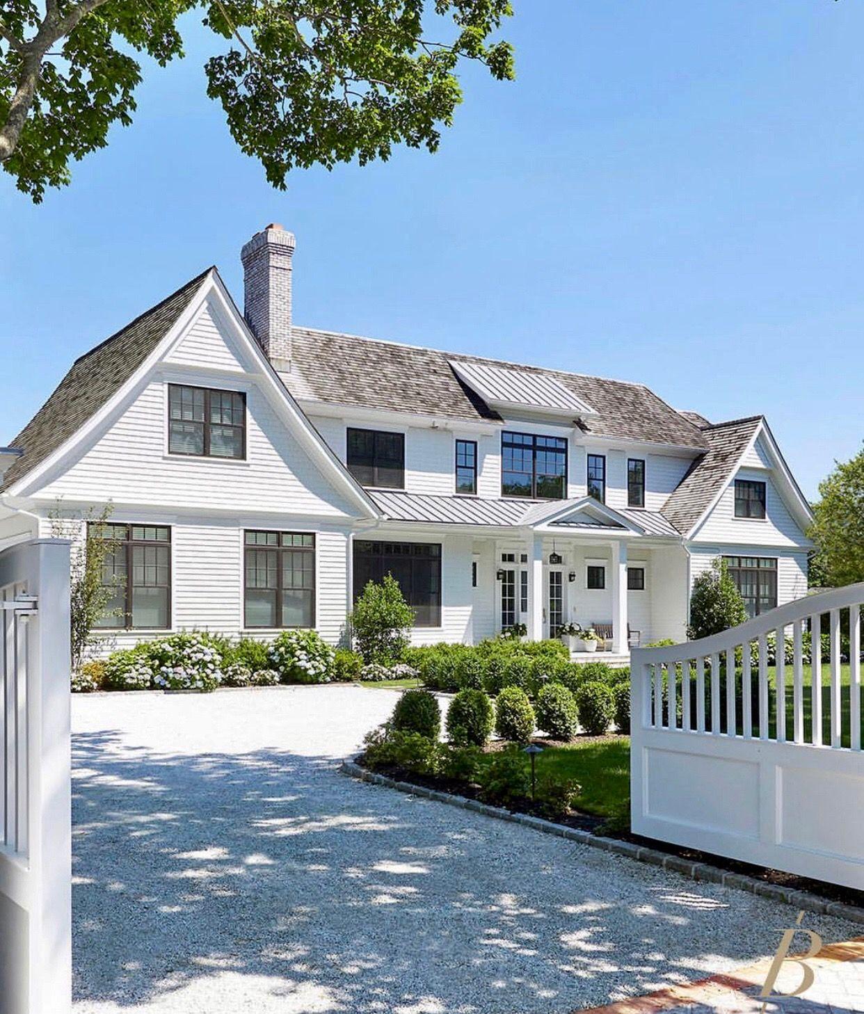 Pin By Malene Jensen On Malene Farmhouse Style House House Exterior Nantucket Style Homes