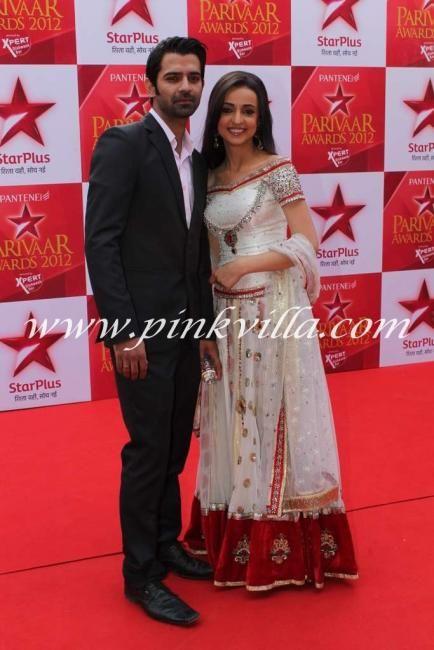 Nia Sharma In Star Parivaar Awards 2012