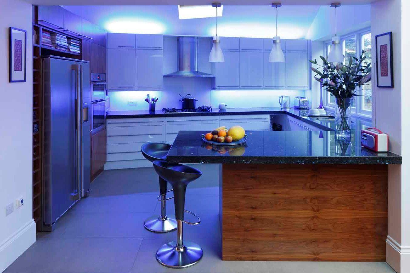 Idea de diseños de cocinas luces led | Diseño de Interiores ...