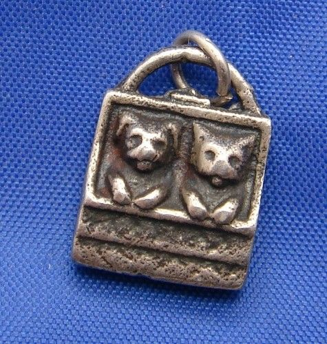 Vintage Sterling Silver Cats Kittens in a Purse Basket Charm a real oldie!   eBay
