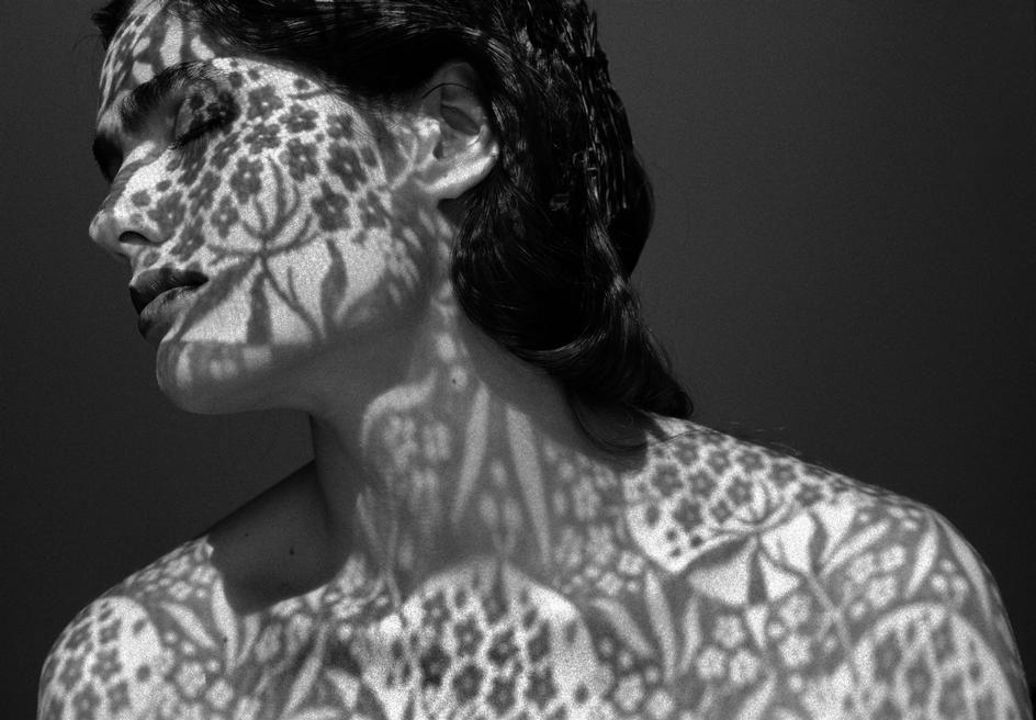 Fashion Story With Carmen Sammartin By Ferdinando Scianna