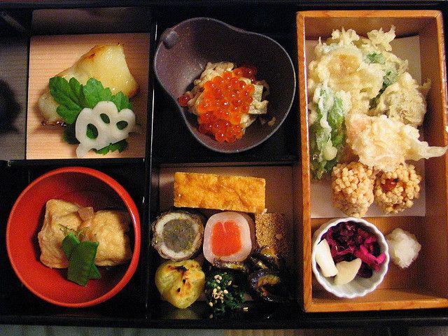 Lunch at Kukunoi, a kaiseki restaurant in Kyoto, Japan, September 2004. Kikunoi is one of the finest formal Japanese dining restaurants in the world.