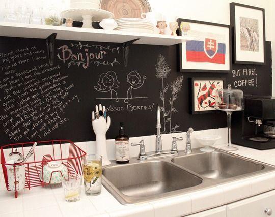 Schoolbordverf De Keuken : Achterwand voor de keuken met schoolbordverf kitchen