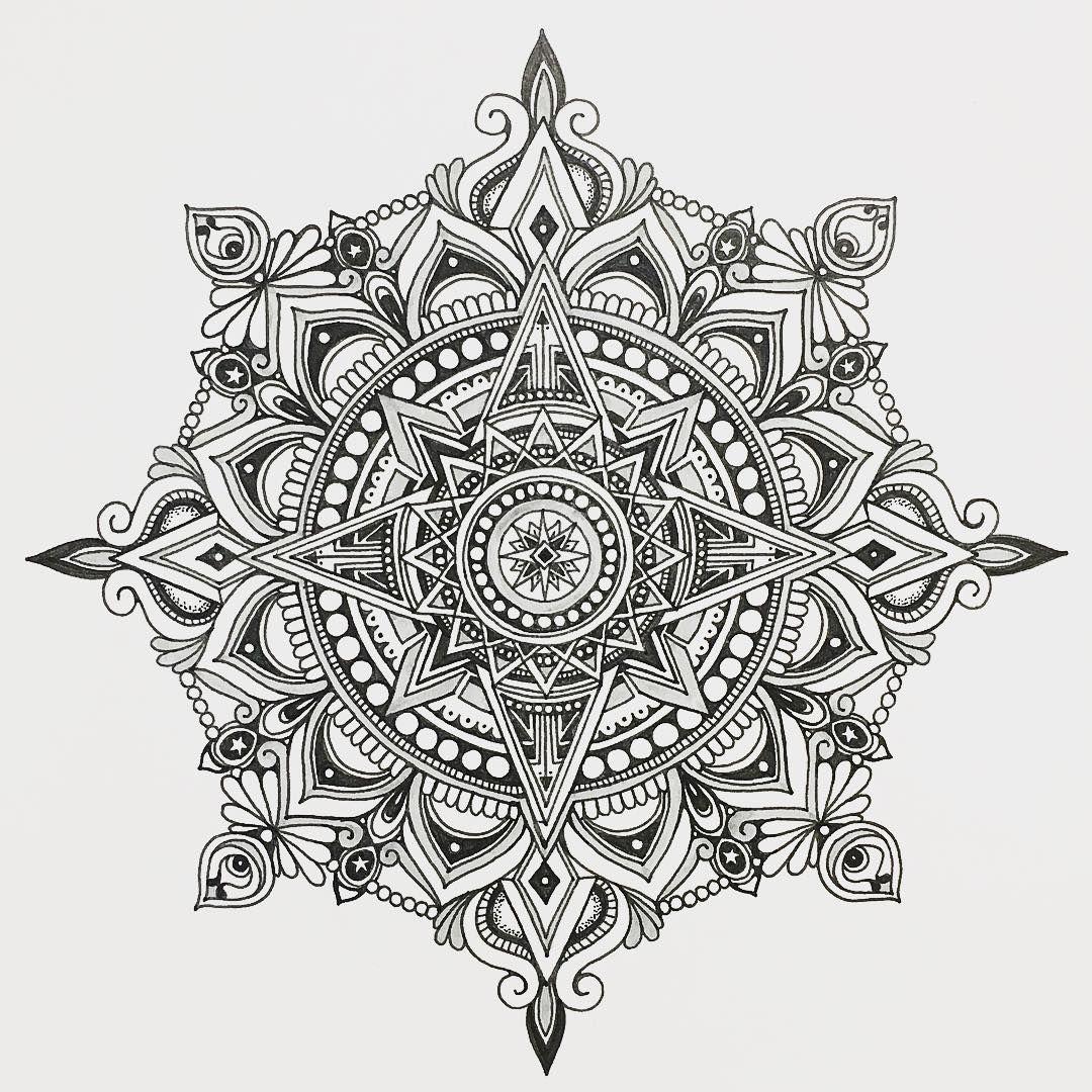 I Like How Kind Of Royal Hindu This Looks If Can Incorporate Some Floral And Royal Vibes Mandala Drawing Mandala Tattoo Design Mandala