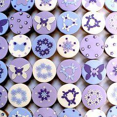 Purple butterflies cupcakes