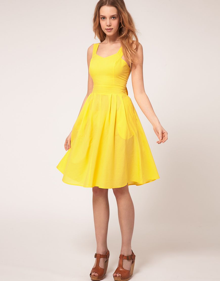 ec96d10fe868 Yellow Summer Dresses Must Have In Your Closets – Designers Outfits  Collection. THE bridesmaid dress