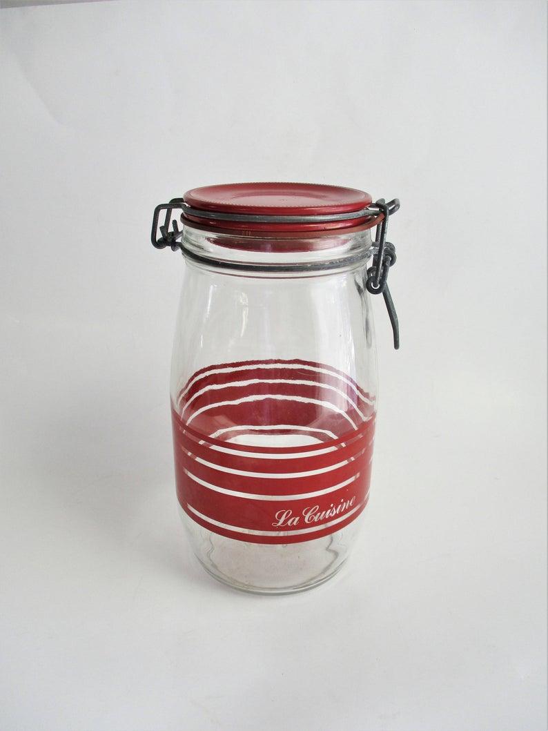 Vintage Mason Jar La Cuisine French Canister Red Typography Etsy En 2020 Cuisine Etsy Vintage