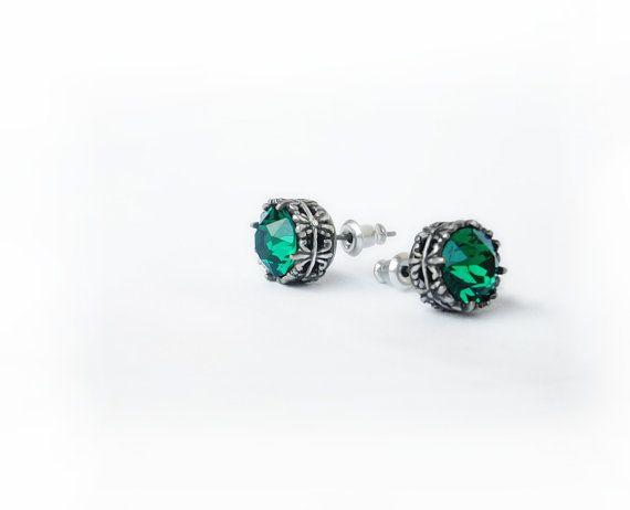 c3cceec2a4405 Oxidized Silver stud earrings Swarovski stud earring by Aranwen ...