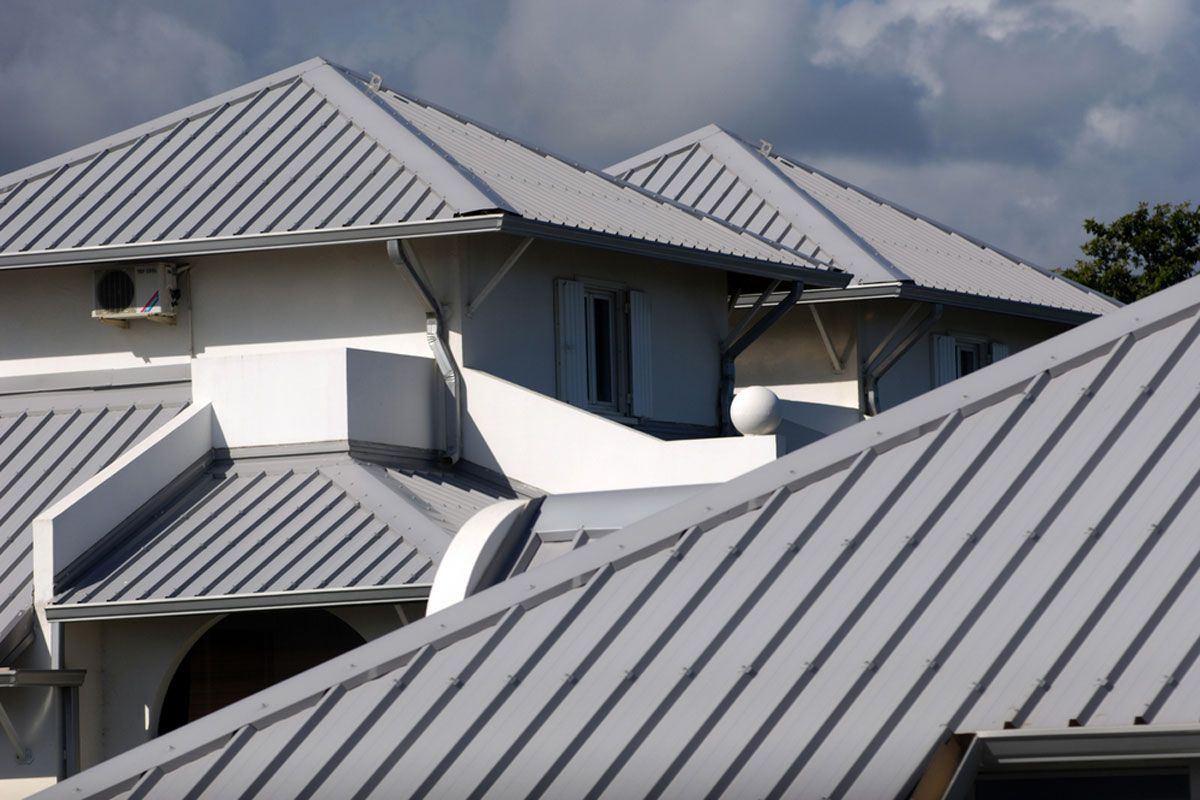 Can You Paint A Metal Roof On House In 2020 Modern Roofing Metal Roof Colors Metal Roof