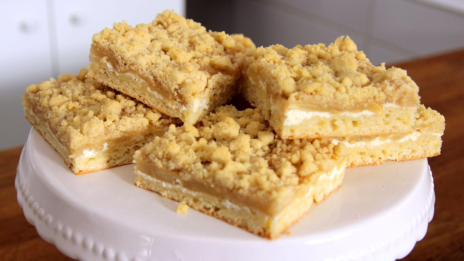 Saftiger Apfel-Streuselkuchen Rezept als Back-Video zum selber machen! Ganz einfach Schritt für Schritt erklärt!