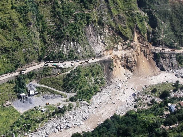 Slideshow : Jammu-Srinagar National Highway repaired - How Army and BRO repaired the Jammu-Srinagar National Highway - The Economic Times