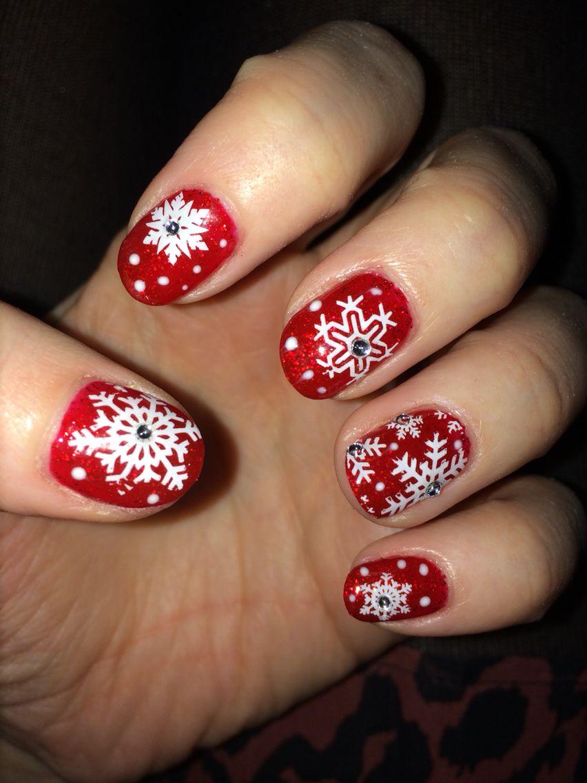 Red Christmas nail art. Snowflake nail art. Bio sculpture nail art.