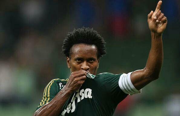 Zé Roberto, em mais uma partida pelo Palmeiras, no Allianz Parque.