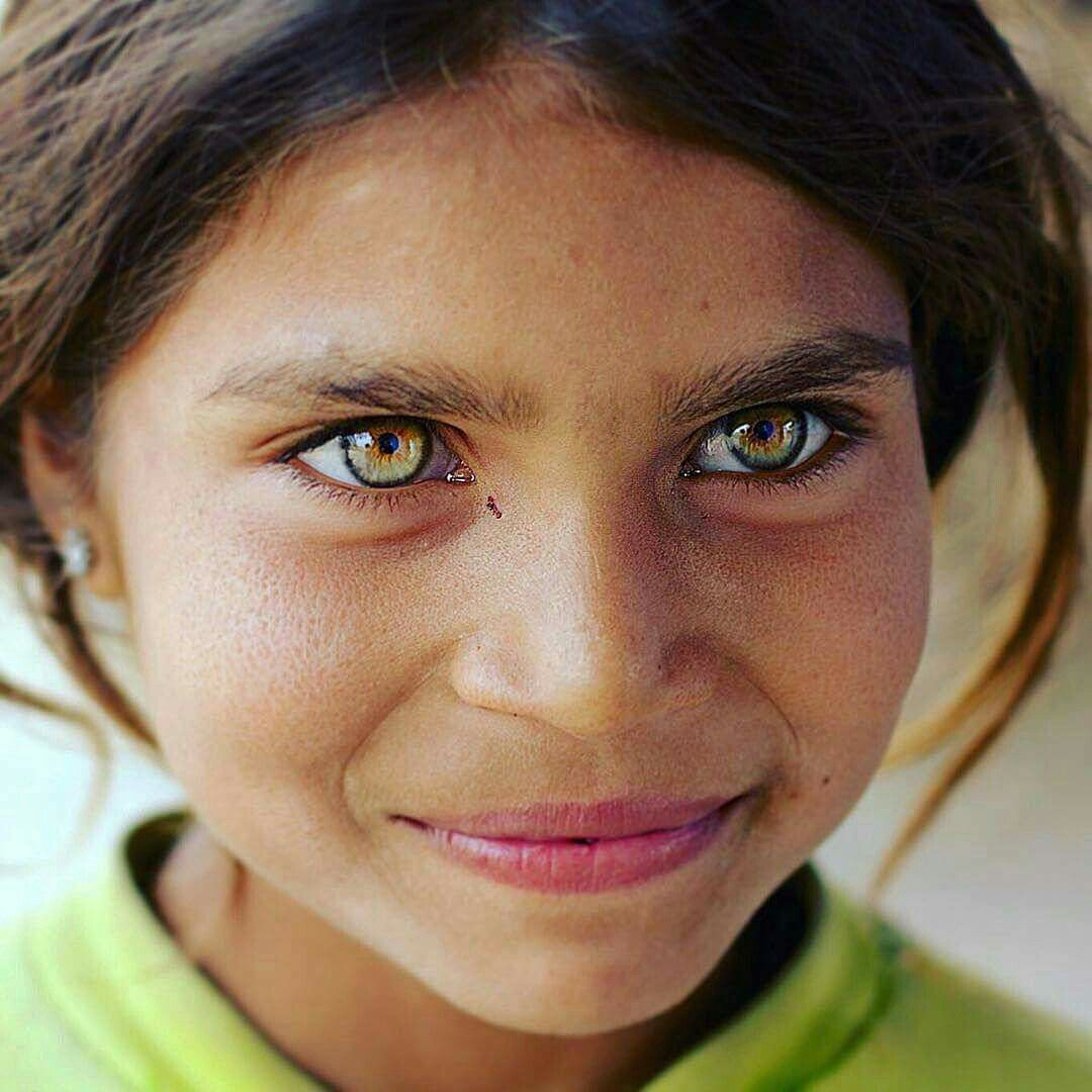 признать, самые желтые глаза в мире фото как этот недавно